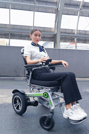 Airwheel H3Mini power wheelchair
